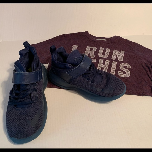 Boy's Nike Sneakers